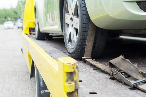 Příběh Kateřiny a Tomáše: Rozhodnutí půjčit si větší auto jim zachránilo život
